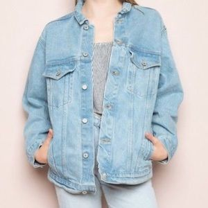 ✨ Brandy Melville Denim Jacket